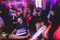 KUBATURA - Sofa Loves Fridays / One Brother - 8081_foto_crkubatura_027.jpg