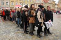 Studniówki 2019 - Polonez na Rynku w Opolu - 8278_poloneznarynku_24opole_011.jpg