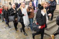 Studniówki 2019 - Polonez na Rynku w Opolu - 8278_poloneznarynku_24opole_060.jpg