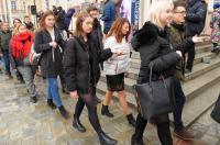 Studniówki 2019 - Polonez na Rynku w Opolu - 8278_poloneznarynku_24opole_063.jpg
