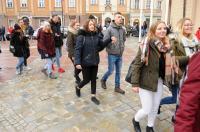 Studniówki 2019 - Polonez na Rynku w Opolu - 8278_poloneznarynku_24opole_113.jpg