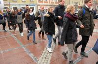 Studniówki 2019 - Polonez na Rynku w Opolu - 8278_poloneznarynku_24opole_139.jpg