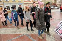 Studniówki 2019 - Polonez na Rynku w Opolu - 8278_poloneznarynku_24opole_164.jpg