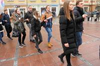 Studniówki 2019 - Polonez na Rynku w Opolu - 8278_poloneznarynku_24opole_174.jpg