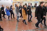 Studniówki 2019 - Polonez na Rynku w Opolu - 8278_poloneznarynku_24opole_181.jpg