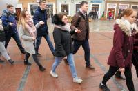 Studniówki 2019 - Polonez na Rynku w Opolu - 8278_poloneznarynku_24opole_187.jpg