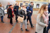 Studniówki 2019 - Polonez na Rynku w Opolu - 8278_poloneznarynku_24opole_189.jpg