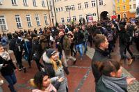 Studniówki 2019 - Polonez na Rynku w Opolu - 8278_poloneznarynku_24opole_211.jpg