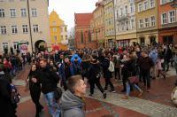 Studniówki 2019 - Polonez na Rynku w Opolu - 8278_poloneznarynku_24opole_222.jpg