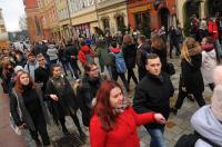 Studniówki 2019 - Polonez na Rynku w Opolu - 8278_poloneznarynku_24opole_233.jpg