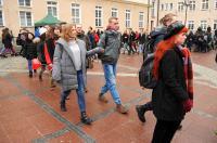 Studniówki 2019 - Polonez na Rynku w Opolu - 8278_poloneznarynku_24opole_241.jpg