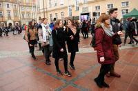 Studniówki 2019 - Polonez na Rynku w Opolu - 8278_poloneznarynku_24opole_254.jpg