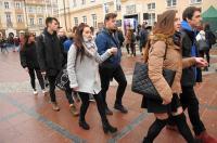 Studniówki 2019 - Polonez na Rynku w Opolu - 8278_poloneznarynku_24opole_255.jpg