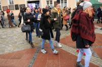 Studniówki 2019 - Polonez na Rynku w Opolu - 8278_poloneznarynku_24opole_272.jpg