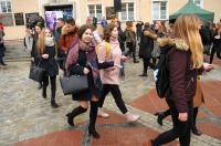 Studniówki 2019 - Polonez na Rynku w Opolu - 8278_poloneznarynku_24opole_278.jpg