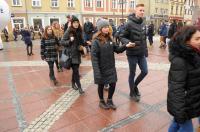 Studniówki 2019 - Polonez na Rynku w Opolu - 8278_poloneznarynku_24opole_298.jpg