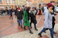 Studniówki 2019 - Polonez na Rynku w Opolu - 8278_poloneznarynku_24opole_312.jpg
