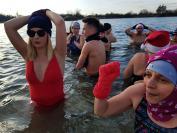 Mikołajkowe Morsowanie na Kąpielisku Bolko w Opolu - 8426_foto_24opole_024.jpg