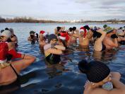 Mikołajkowe Morsowanie na Kąpielisku Bolko w Opolu - 8426_foto_24opole_073.jpg
