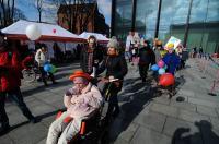 Kolorowy Korowód Fundacji Dom Rodzinnej Rehabilitacji Dzieci z Porażeniem Mózgowym w Opolu zorganiz - 8478_foto_24opole_200.jpg