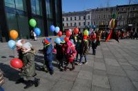 Kolorowy Korowód Fundacji Dom Rodzinnej Rehabilitacji Dzieci z Porażeniem Mózgowym w Opolu zorganiz - 8478_foto_24opole_242.jpg