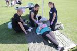 Strażacy szkolą uczniów z pierwszej pomocy