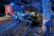 Poważne zderzenie BMW i Volkswagena. Ranna kobieta - 20200215202553_86699872_2771558o_4.jpg