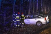 Kolejne auto wypadło z drogi. Jedna osoba ranna w Dąbrowie - 20180123210401_dsc_4321.jpg