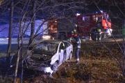 Kolejne auto wypadło z drogi. Jedna osoba ranna w Dąbrowie - 20180123210402_dsc_4363.jpg
