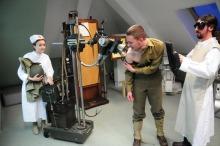 Otwarciu muzeum towarzyszyły krótkie scenki, przygotowane przez studentów uczelni pod okiem Andrzeja Czernika.