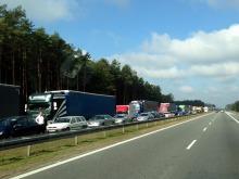 Awaria samochodu spowodowała ogromny korek na autostradzie