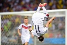 Miroslav Klose może dziś przejść do historii światowego futbolu