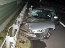 Wypadek na A4. Kierowca zasnął za kierownicą.