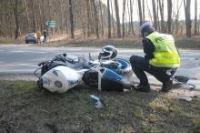 Motocykl zderzył się z volkswagenem na ul. Strzeleckiej
