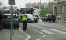 Kierowca bez uprawnień potrącił dziecko na pasach