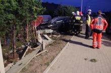 Wypadek podczas wyprzedzania w Opolu. Zginął kierowca BMW.