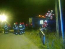 Pijany kierowca wjechał pod jadącą lokomotywę