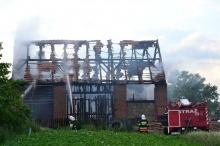 W Magnuszowicach spłonęła stodoła
