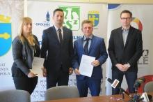 UKS MOS Opole podpisał umowę z AZS PO