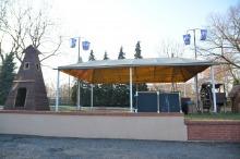 Szopka bożonarodzeniowa w Opolu-Szczepanowicach już powstaje