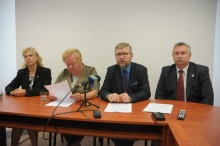 Wójtowie i burmistrzowie przedstawiają swoją wersję spotkania w ministerstwie