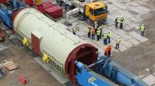 Największy w Polsce generator prądu przyjechał do Elektrowni Opole