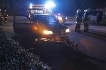 Wypadek na ulicy Ozimskiej. Motocyklista wyprzedzał ciąg aut.