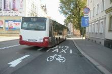 Buspas na ul. Spychalskiego także dla taksówek i rowerzystów