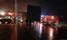 Pożar naczepy ciężarówki w Sidzinie