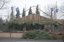 Trwa budowa żywej szopki w Opolu-Szczepanowicach
