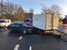 Wypadek na ul. Niemodlińskiej, jedna osoba ranna