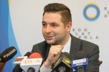 """Jaki: """"Elektrownia Opole powinna służyć całemu regionowi, nie tylko małej gminie""""."""