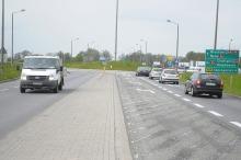Dodatkowy pas ruchu na rondzie przy ul. Partyzanckiej upłynnił ruch