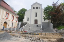 """Kończy się remont schodów koło kościoła """"na górce"""""""
